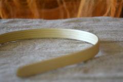 Haarreifen-Holz-Detail